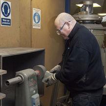 Deburring Aluminium Extrusions