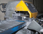 Saw cutting - Cutting aluminium extrusions 4