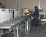 Saw cutting - Cutting aluminium extrusions 2