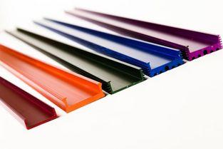 Профили каналов для светодиодных лент предлагаются со склада в -